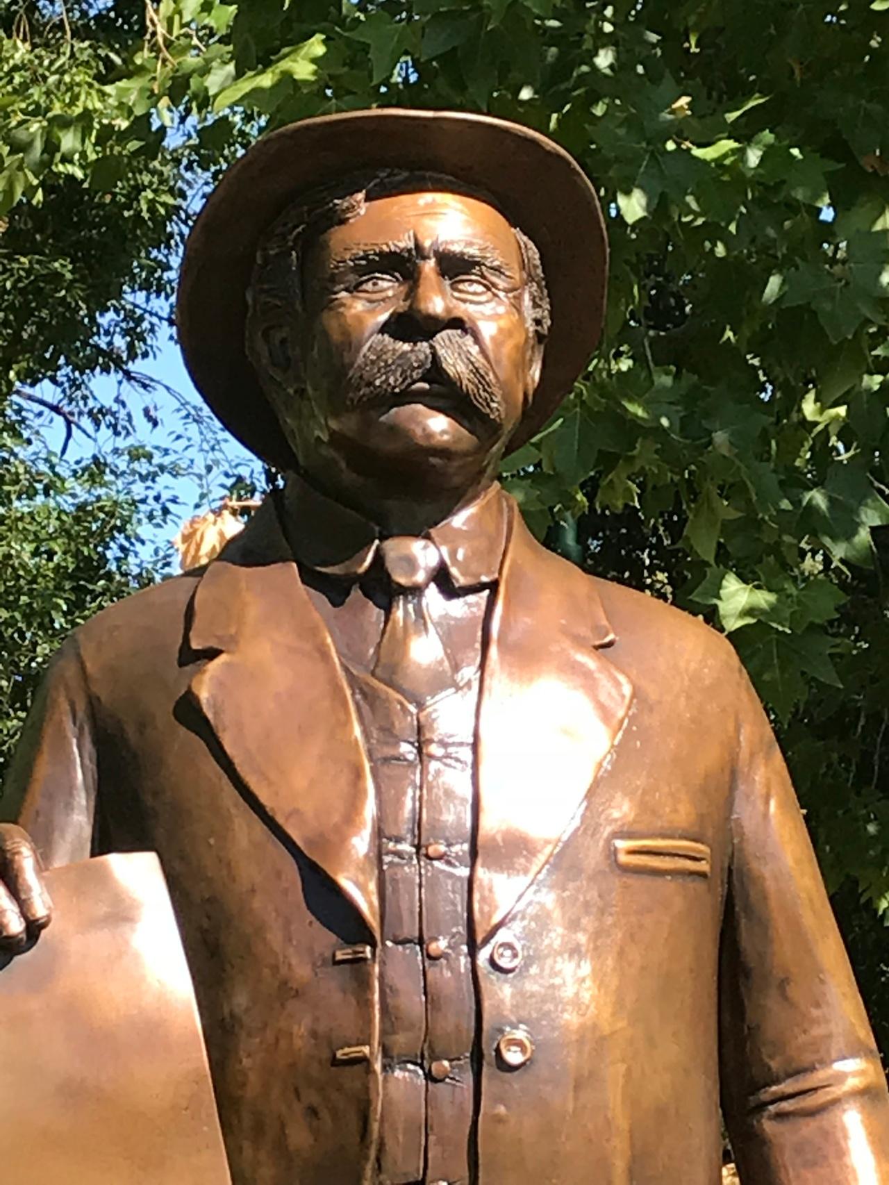 A tribute in bronze – WilliamCooper